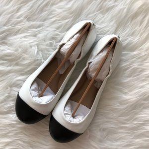 Delman Ballet Flats